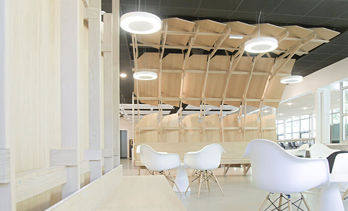 IDM Education - CROUS nantes, tables chaises coworking
