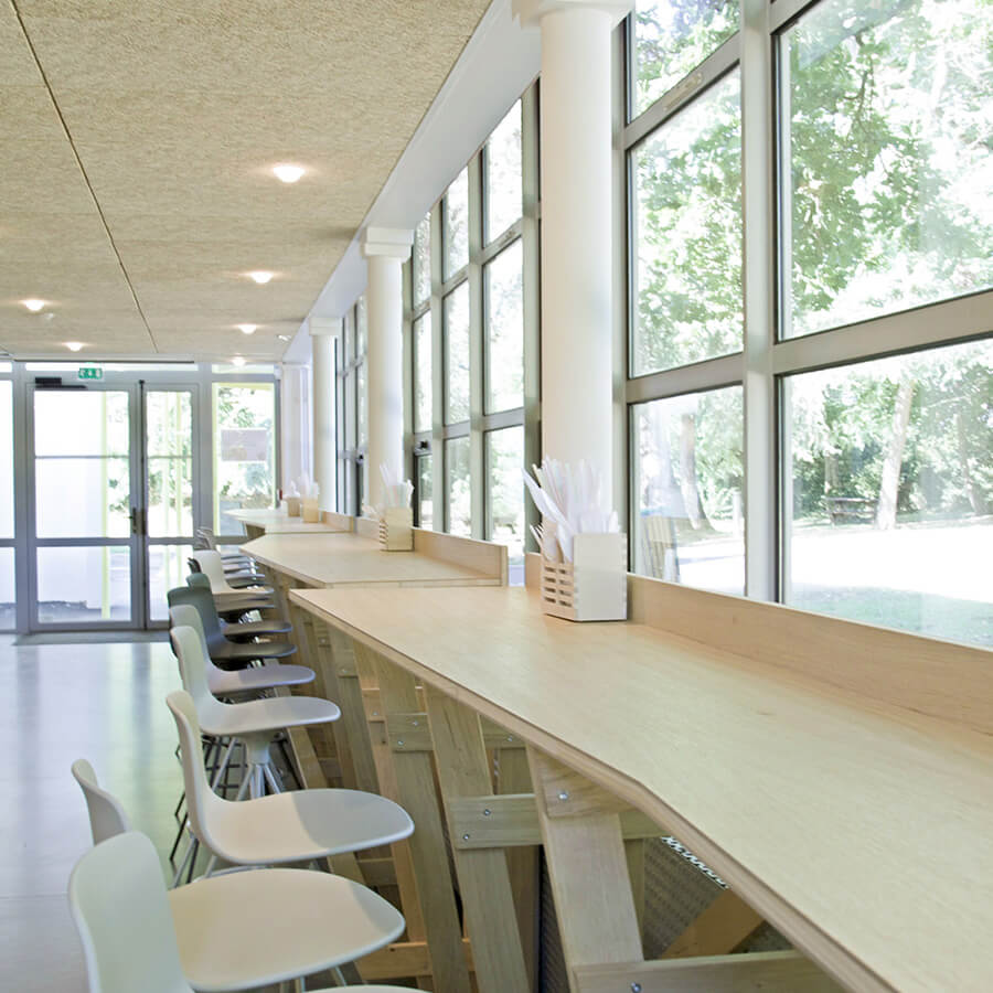 IDM Education - CROUS nantes, tabourets tables hautes