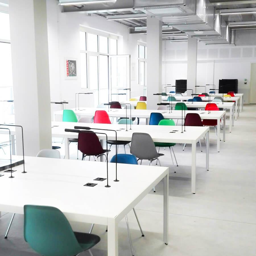IMD Education - Ecole beaux arts Nantes, tables et chaises