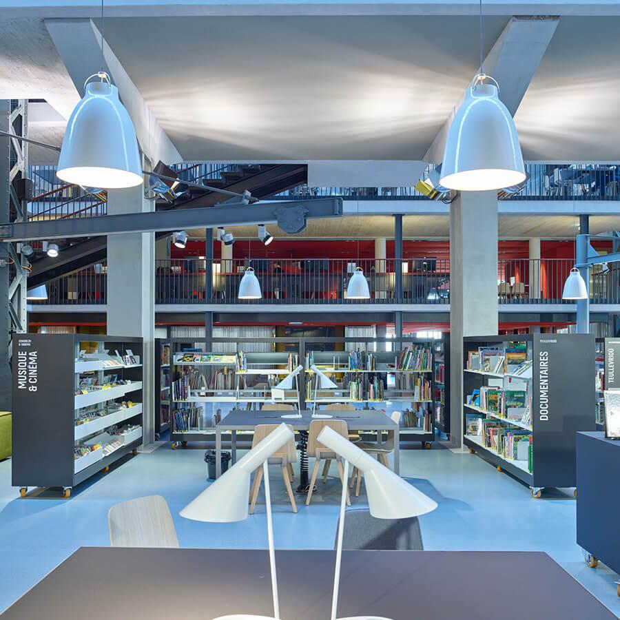 IDM Education - Learning Center - bibliothèque et luminaires