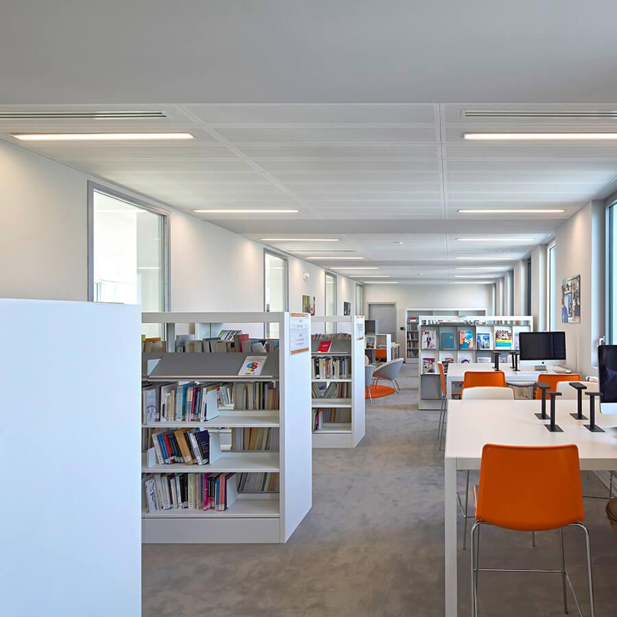 IDM Education - Mediacampus Audencia, bureaux, rangements livres
