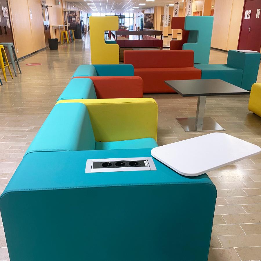 Banquette connectées université Lyon 01